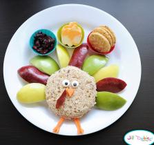 Turkey-shaped snack
